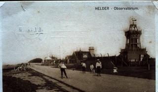Een rampzalige ontploffing op de zeedijk van Den Helder, op vrijdag de dertiende. Drie vletterlieden waren nagenoeg op slag dood. | Uit Beeld |