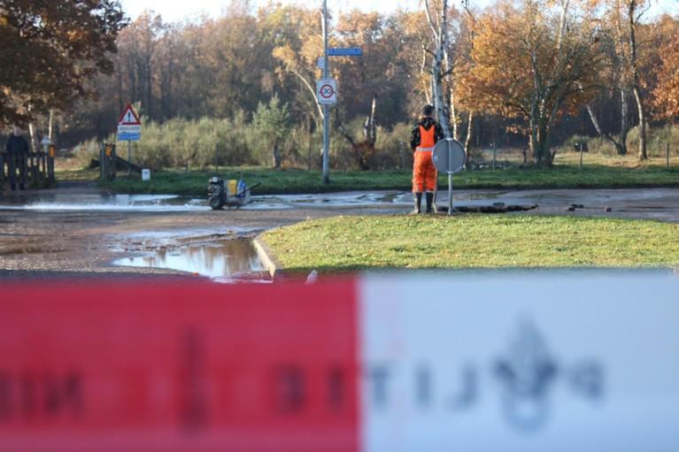 Groot waterlek in Hilversum-Zuid door leidingbreuk