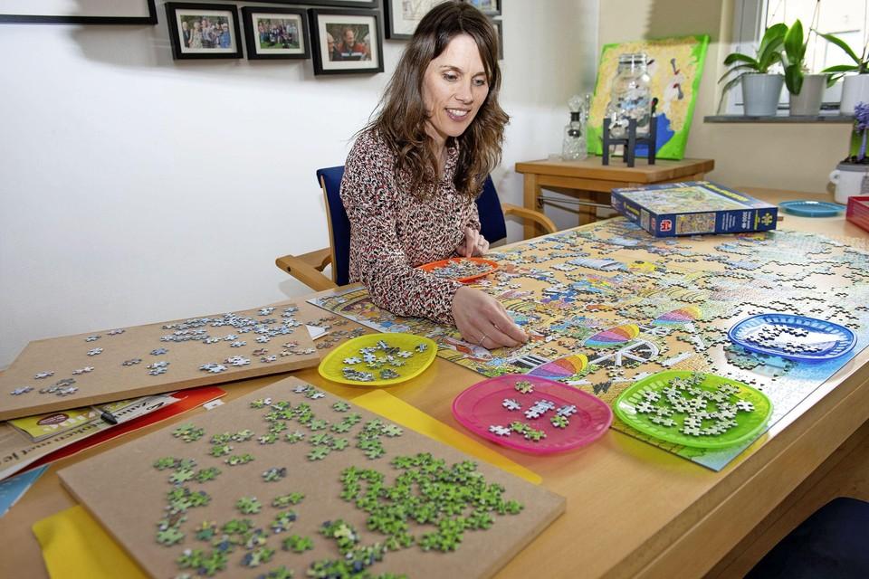 Marianne puzzelt zelfs op kleur.