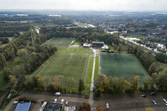 Buigen of barsten voor 'door crimineel geleide' voetbalclub OFC in Oostzaan