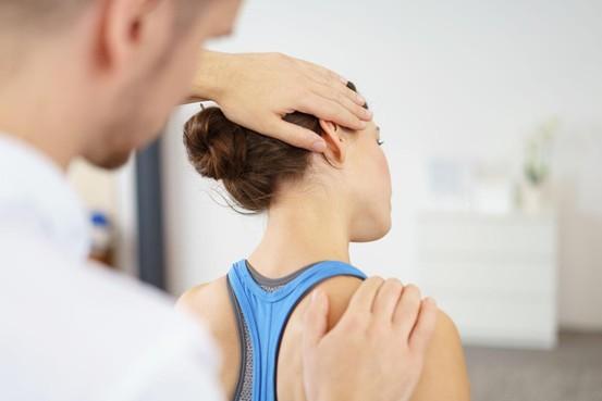Bij de fysio: Wanneer loont het om je aanvullend te verzekeren?