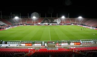 AZ begint met verrassende opstelling aan bekerwedstrijd tegen Ajax