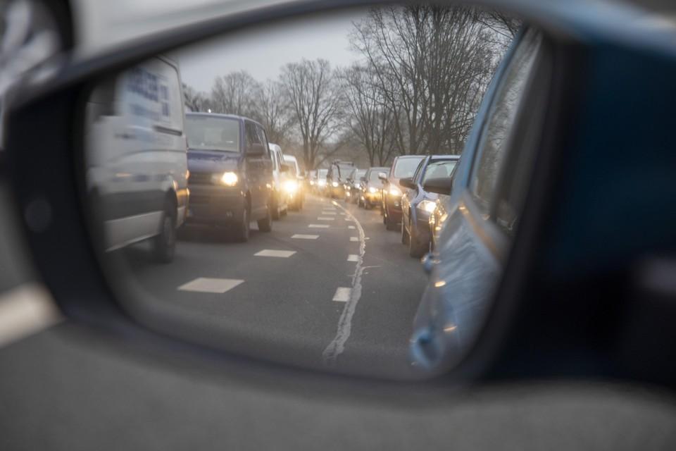 De problemen bij de Velsertunnel waren dinsdag zelfs tot op de ringweg rond Amsterdam merkbaar.