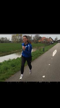 Britt Koopman hoopt vurig op hervatting van de eredivisie handbal met Westfriesland SEW: 'De hoop op de finale heb ik nog niet opgegeven'