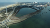 Het is zover: de aanleg van de Energiehaven bij het Noordzeekanaal gaat volgende week van start. Eerst moet 850.000 kubieke meter vervuilde baggerspecie worden weggehaald