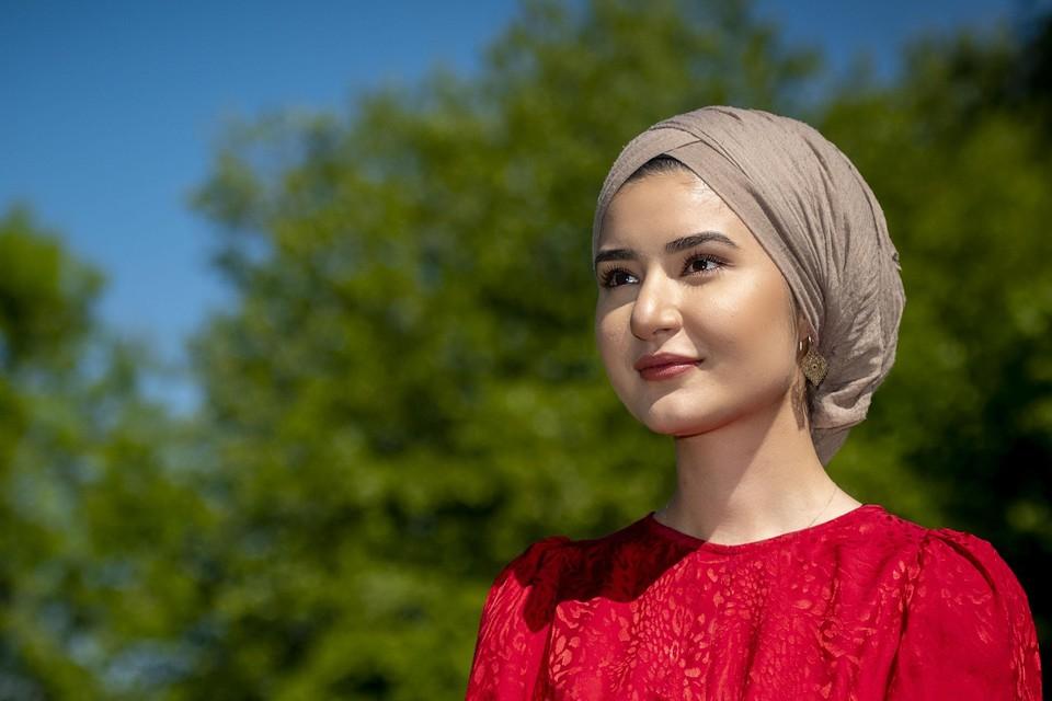 Süheyla Albayrak: ,,Mijn moeder heeft maar één missie in haar leven: haar dochters financieel onafhankelijk krijgen.''