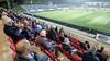 Friese voetbalfan rijdt vier uur om in regen 'laatste wedstrijd ooit' te zien: 'Sommigen hebben modeltreintjes, ik bezoek voetbalwedstrijden'
