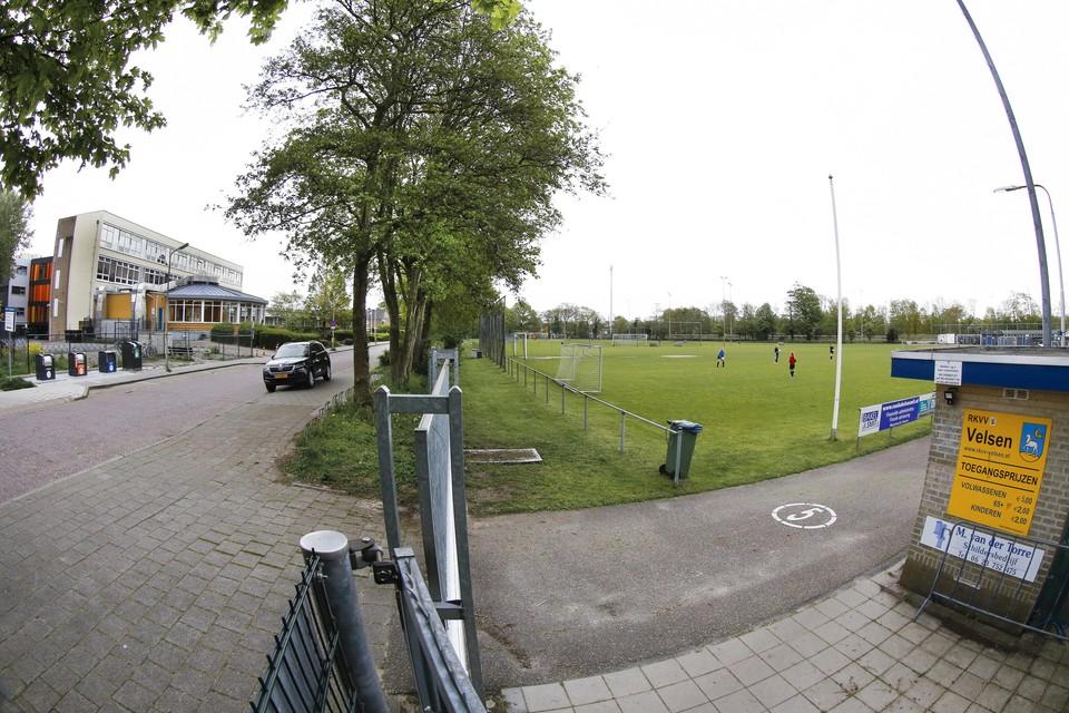 Een ander parkeerbeleid aan de Wolff en Dekenlaan in Driehuis is een optie.