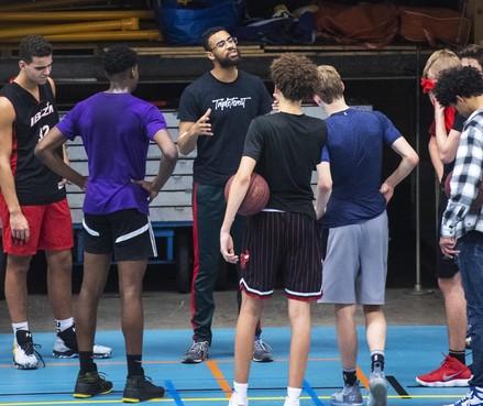 Haarlemse basketbalclub Triple Threat wil met vrouwenteam naar eredivisie: 'Ze verdienen dezelfde kansen als de mannen'