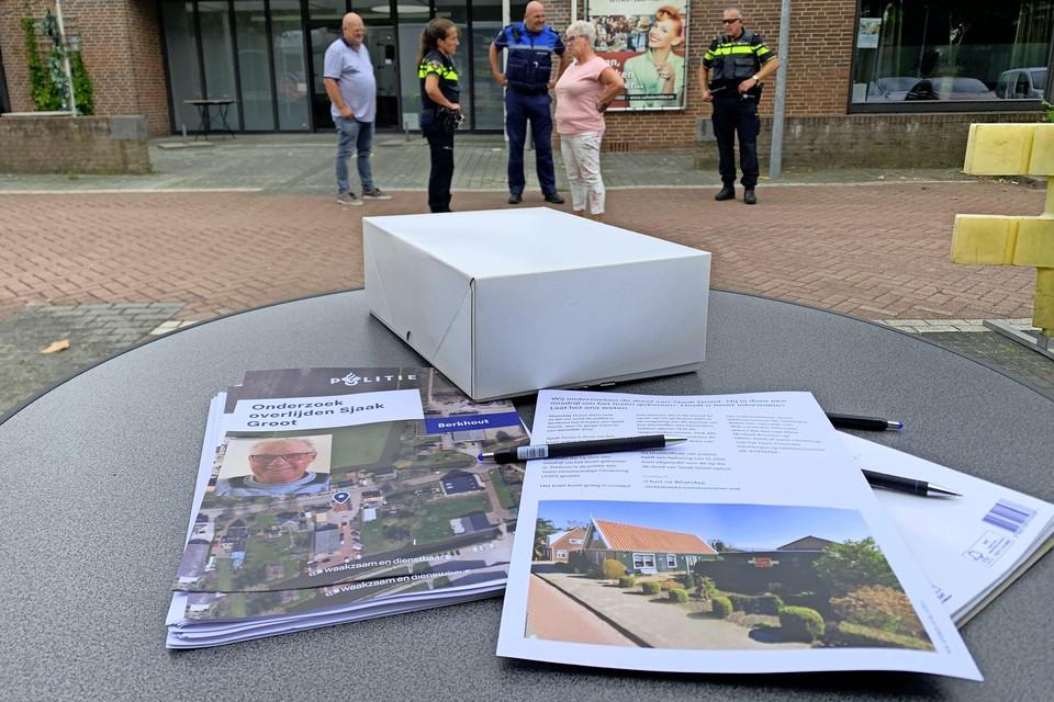 Politierechercheurs hebben een Team Grootschalige Opsporing (TGO) opgetuigd in het onderzoek naar de moord op Sjaak Groot in Berkhout.