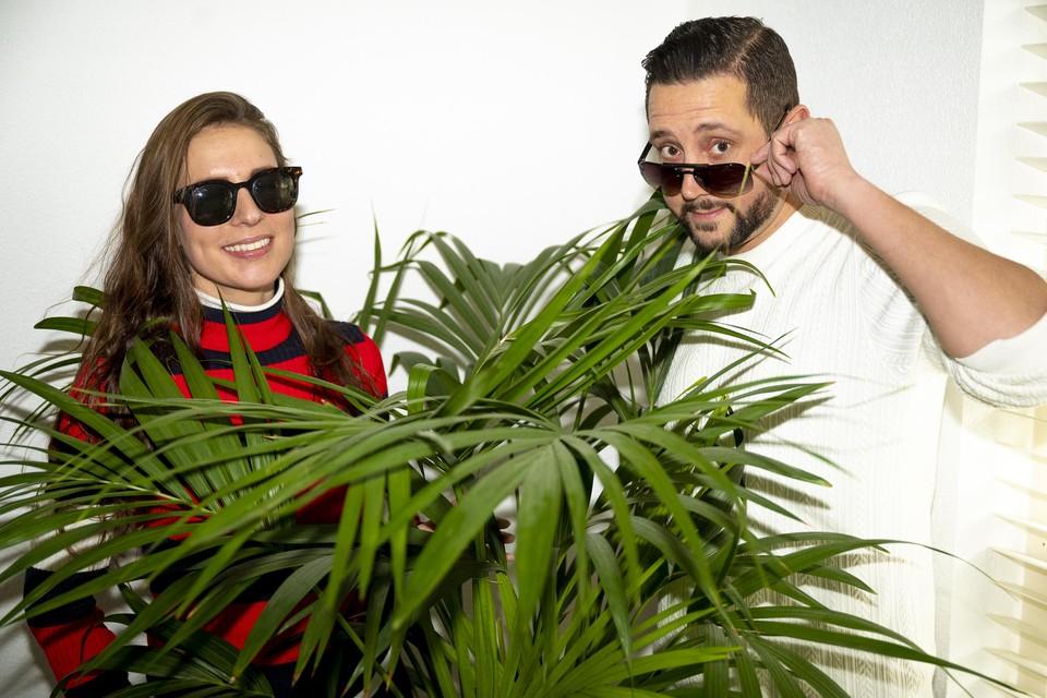 Michael Abou El Khair en Charita Goedhart lanceren op 1 maart een zonnebrillenmerk.