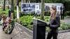 Herdenking aan de Dreef in Haarlem: winnend gedicht 'Stil' voorgedragen