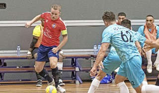 Hovocubo-zaalvoetballer Mats Velseboer loodst Oranje met twee doelpunten voorbij Kosovo in tweede oefenduel [video]