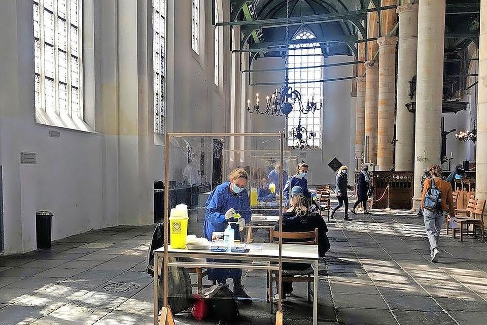 Vaccineren in de Enkhuizer Westerkerk.
