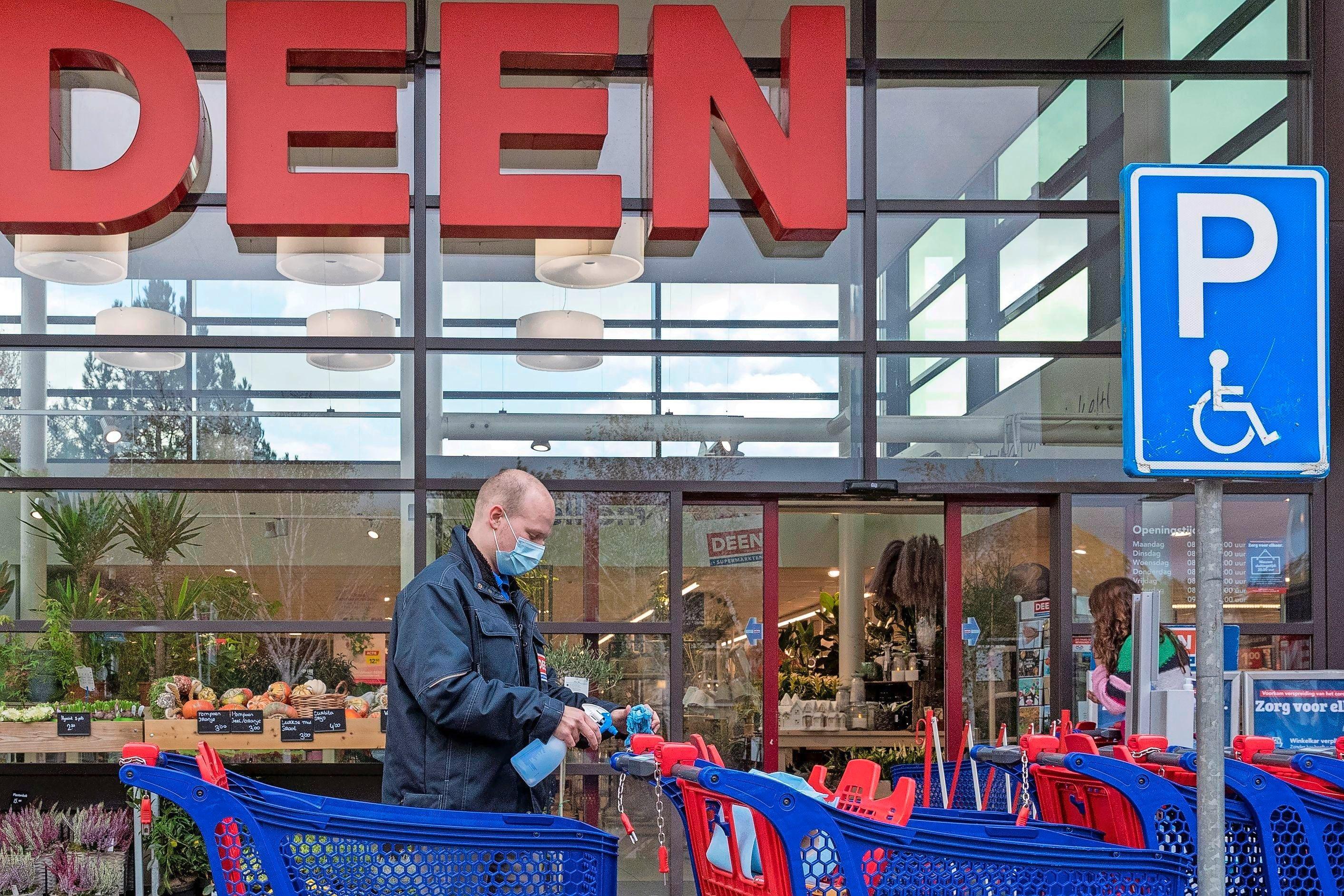 400 boventallige personeelsleden supermarkt Deen krijgen hul... - noordhollandsdagblad.nl