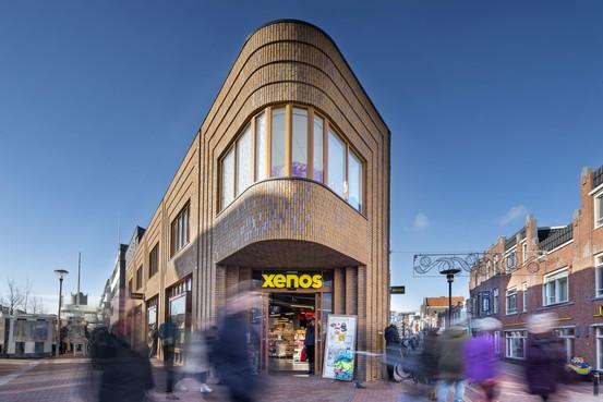 Meer lege winkelpanden in de centra van Den Helder en Schagen