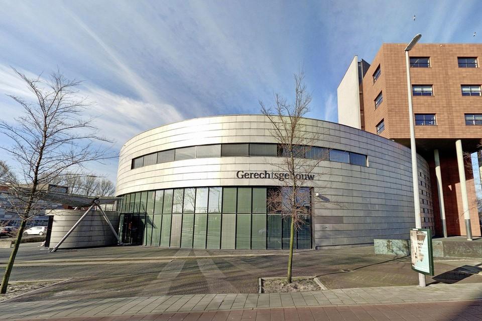 De rechtbank in Alkmaar veroordeelde een stalker tot minstens vier jaar tbs.