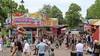 'Jongeren lopen zich kapot te vervelen.' Waarnemend-burgemeester vindt het jammer dat opstootje op laatste avond een smetje werpt op Larens kermisfeestje