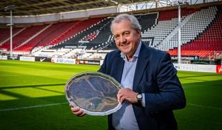 'Hééé, jochie, ben je weer effe thuisgekomen?' zeggen oud-spelers van AZ als ze Klaas Molenaar jr. in het stadion zien