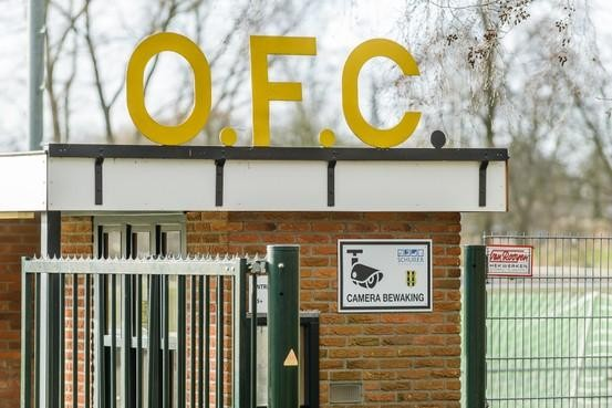 Rechtbank: burgemeester van Oostzaan mag sportcomplex OFC niet sluiten