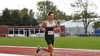 Eenzaam en alleen loopt 'sprinter' Owen Westerhout zich stuk op 5 kilometer voor het goede doel, maar hij heeft nog nooit zo snel 500 euro verdiend voor 'Het Vergeten Kind'