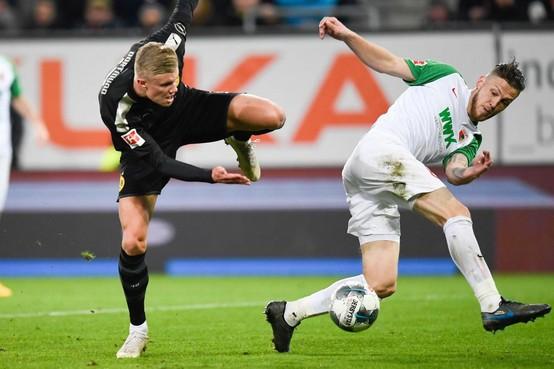 Trainer Augsburg kan mét Heemskerker Jeffrey Gouweleeuw alsnog debuteren