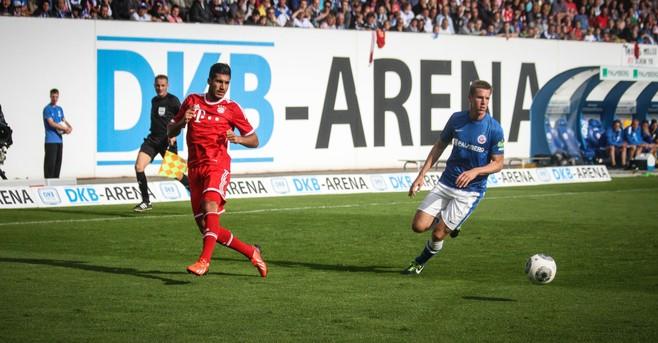 Oud-profvoetballer Johan Plat volgt FC Volendam-icoon Johan Steur op als trainer beloftenteam