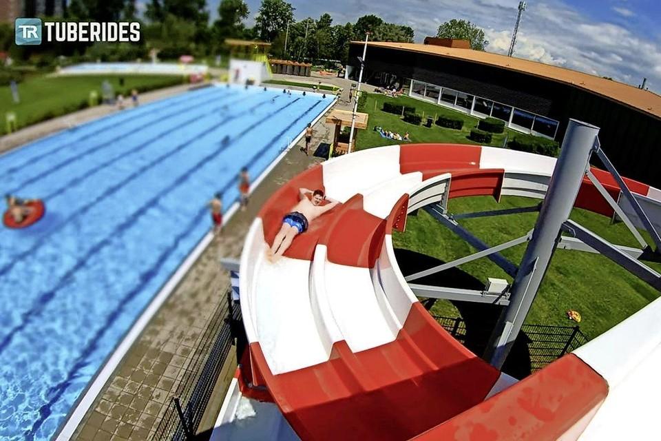 Videobeeld uit het filmpje van Tuberides, gemaakt in zwembad Crommenije.
