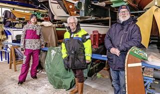 Eindelijk weer zeilen op ijs; Monnickendamse ijszeilers staan te trappelen om de Gouwzee op te gaan [video]