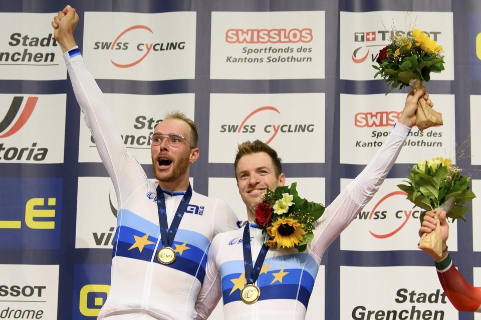 Drie dagen geleden waren ze nog dolblij: Jan Willem Van Schip en Yoeri Havik (rechts) werden zaterdagavond gehuldigd als Europees kampioen.