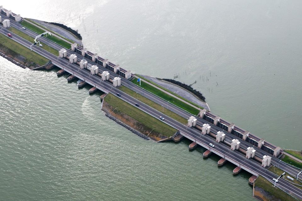 Het IJsselmeerwater kan nu nog simpelweg worden gespuid op de Waddenzee.