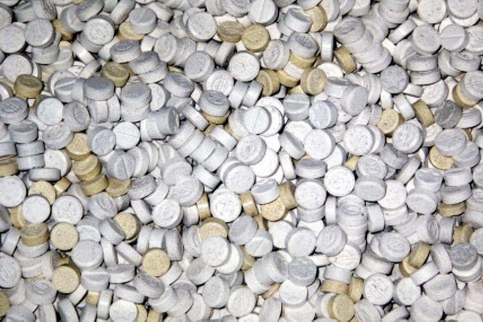 Met de in beslag genomen MDMA-kristallen kunnen volgens justitie honderdduizenden xtc-pillen worden gemaakt.