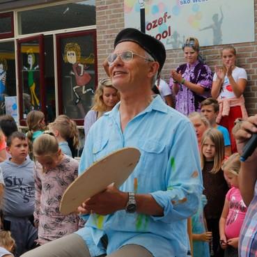 Creatieve meester Hans Rob verlaat de Jozefschool na 42 jaar