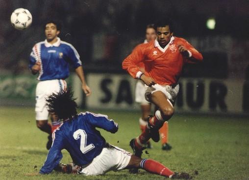 Oud-international Glenn Helder in het elftal van de eeuw van Bergen: 'Hij was op 36-jarige leeftijd nog steeds een fenomeen'