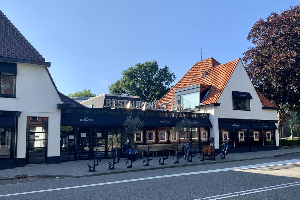 Restaurant De Kamer is gesloten vanwege een coronabesmetting.
