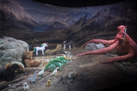 Jesse Batelaan met Het dier, het dier en het beestje in Toneelschuur