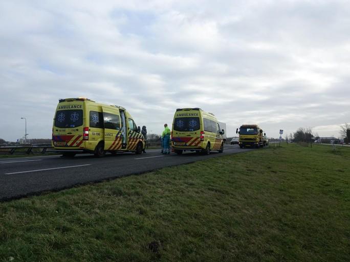 Twee gewonden bij ongeluk door wind in Schoorl