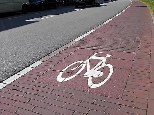 Fietsersbond heeft Badhoevedorp goed bekeken: 'Geef Sloterbrug twee dubbele fietspaden'