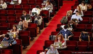 Petitie compensatie collegegeld massaal ondertekend