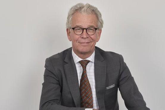 Commentaar: Remkes juiste man om einde te maken aan (Haags) stadhuis op stelten