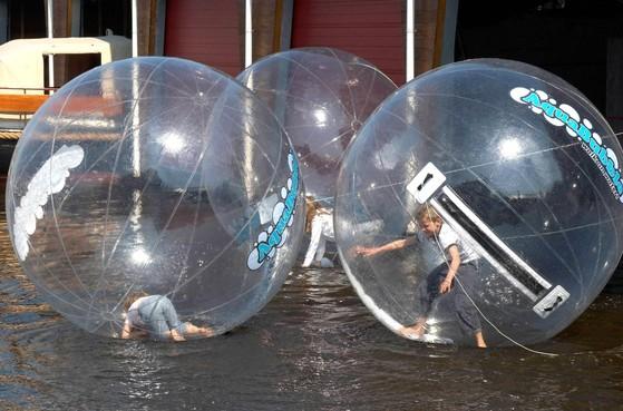 Open Watersportdag in Uitgeest met badeendjes en bubbles