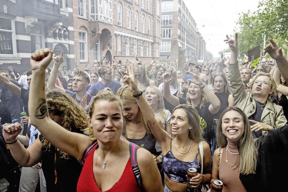 Deelnemers aan de protestmars Unmute Us.