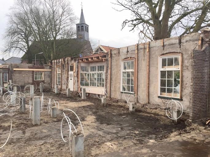 Familie Sluis mag ingestorte stolpschuur in Hem van Drechterland niet slopen: 'Behoud van een stolp moet, maar er staat niets tegenover'