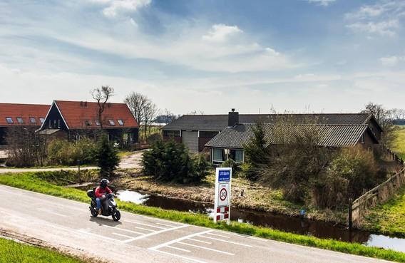 Bouwplan van lange adem in de rebound: drie woningen aan de Zeedijk in Uitdam in plaats van zeven