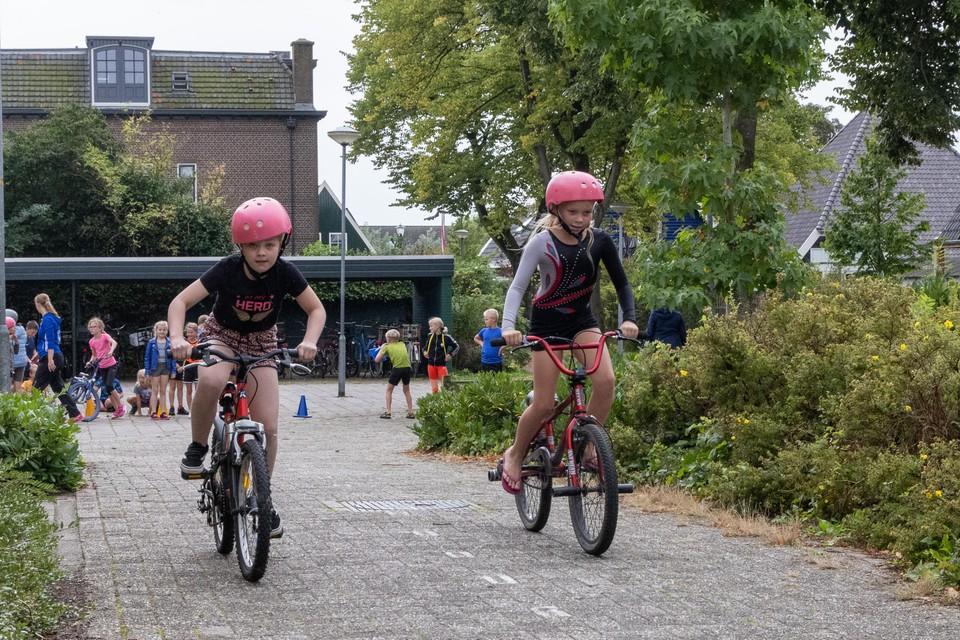 Onderweg voor het tweede onderdeel: fietsen.
