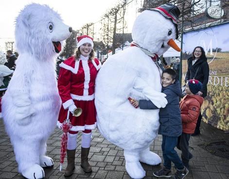 Geen kerstmarktkramen, wel kerstsfeer in Santpoort-Noord