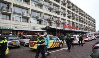 Vrouw gewond bij mogelijke steekpartij in winkelcentrum in Haarlem
