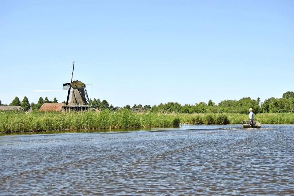 De Westzaner polder vanaf het water, ter hoogte van de Mallegatsloot.