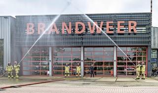 Regionale herdenking bij brandweerpost Wormer voor omgekomen collega's: 'Overleden brandweerman in Utrecht komt hier ook keihard binnen'