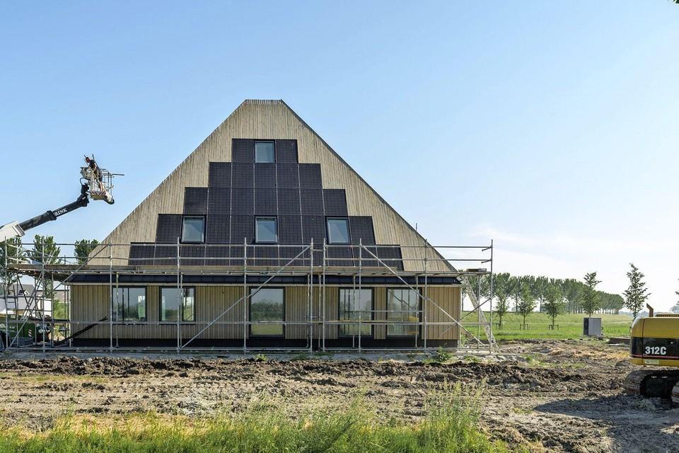 De houten stolp in Noordbeemster wordt bijna opgeleverd.
